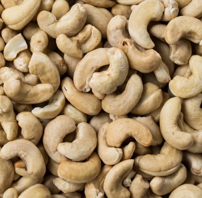 CASHEWS RAW WHOLE 240