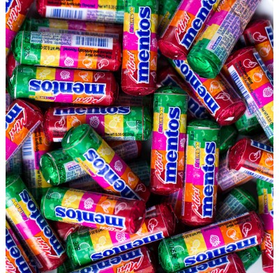 MENTOS MINI ROLLS RAINBOW<BR>75ct. BAG