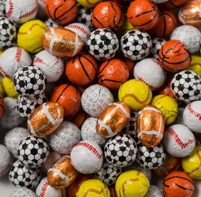 SPORTS BALLS ASSORTED FOIL WRAPPED