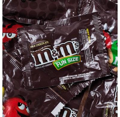 M&M MILK CHOCOLATE FUN SIZE BAGS
