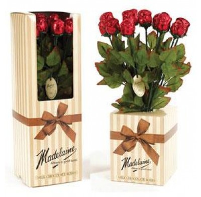 CHOCOLATE ROSES DISPLAY BOX