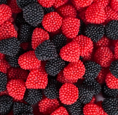 Grab n' Go Black and Red Raspberries 11oz.